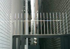 ①-1 忍び返し(SUS490)